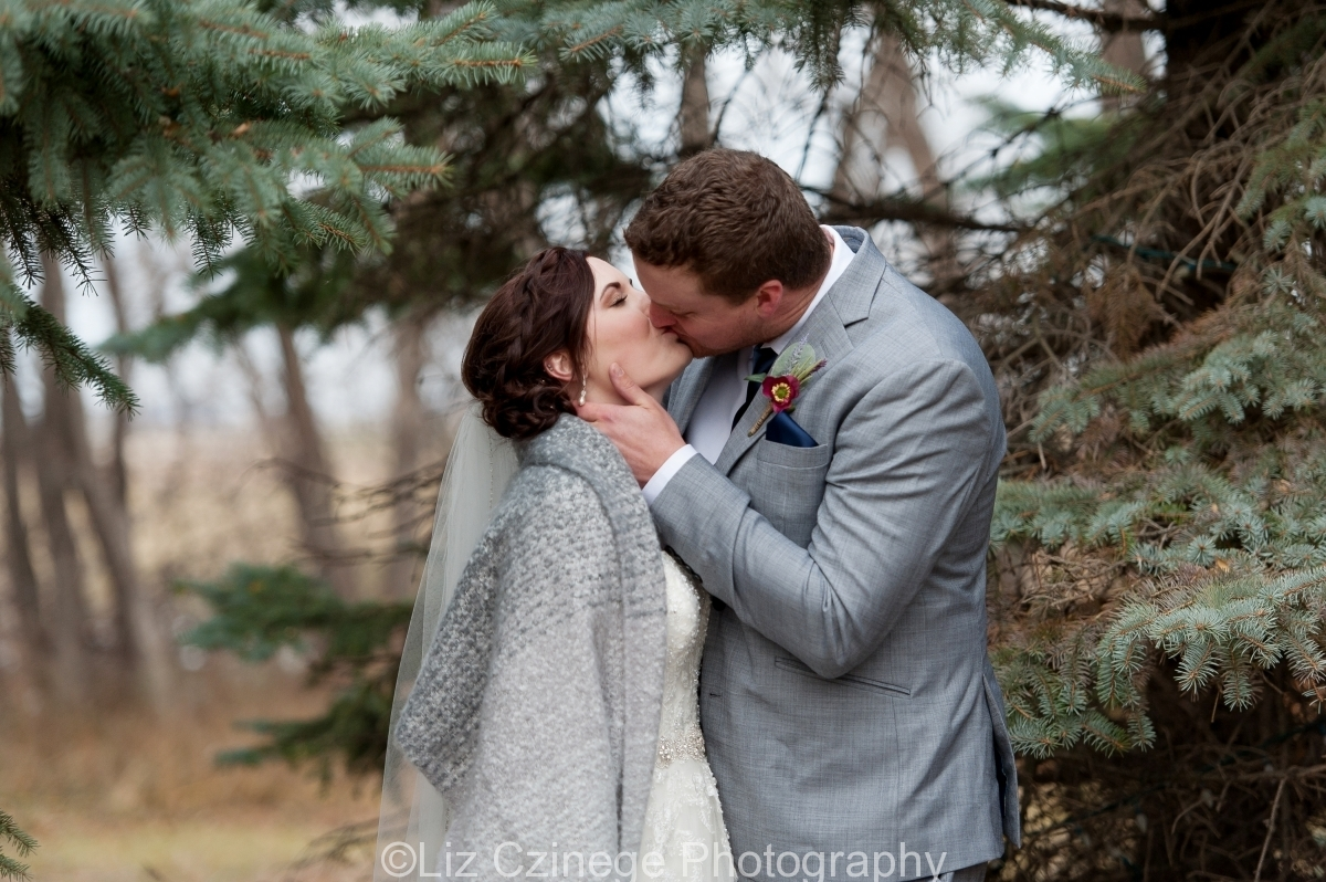 Liz Czinege Niagara Wedding Photographer